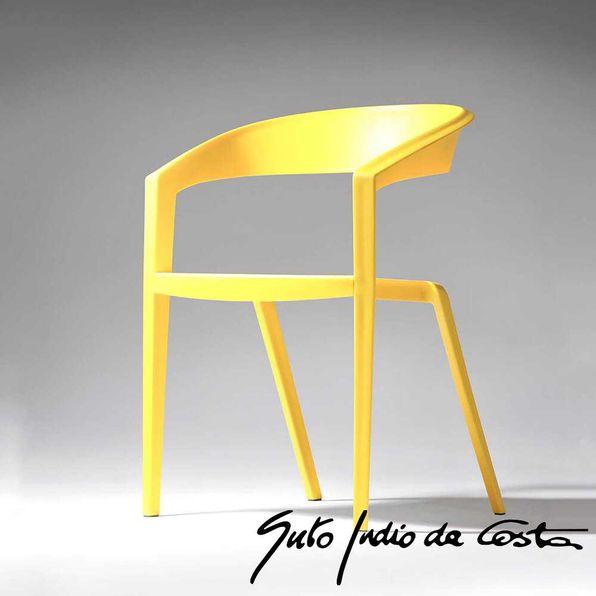 Cadeira-ICZERO1-Indiodacosta-Amarela-Banana