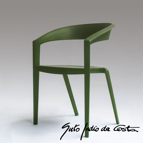 cadeira-iczero1-indiodacosta-verde-oliva